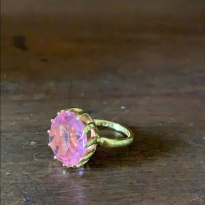 Ring with pink stone